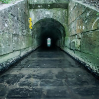 Tunnel Hindernis